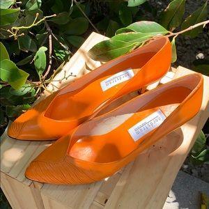 Vintage orange Nordstrom heals 🍊